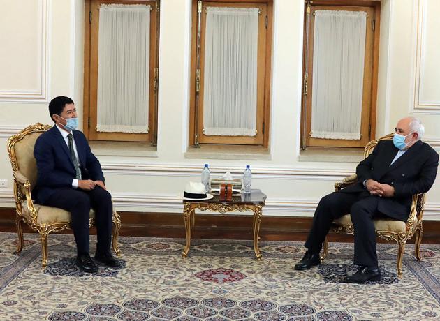 دیدار خداحافظی سفیر اکوادور با وزیر امور خارجه