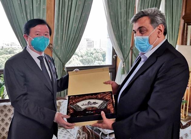 شهردار تهران با سفیر چین دیدار کرد