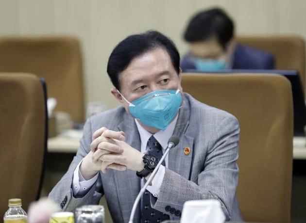"""""""عدم اقبال عمومی به کاربرد استانداردهای دوگانه در مبارزه با تروریسم"""" به قلم سفیر چین"""